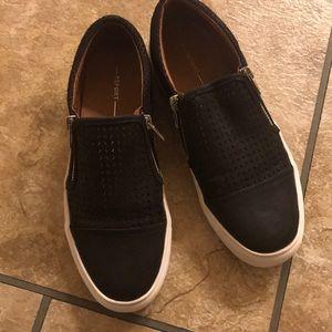 Report Alexa Black Sneakers 8.5